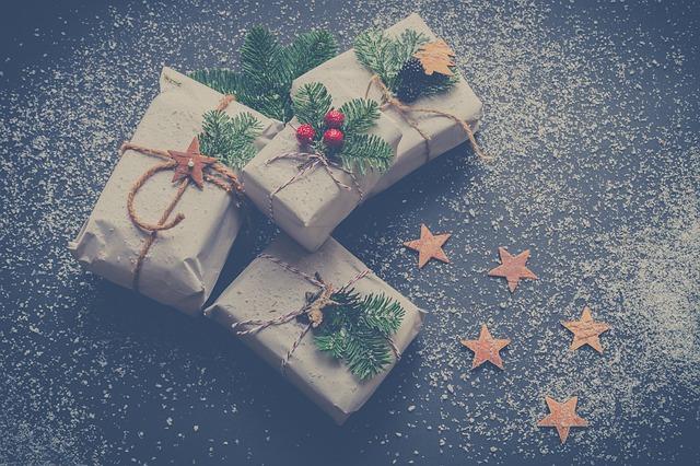 vánoční dárky.jpg