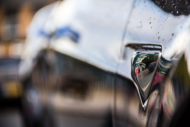 auto značky Tesla.jpg