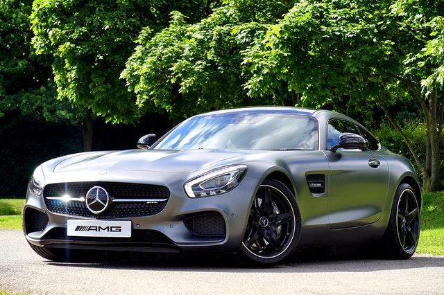 nový Mercedes-benz.jpg